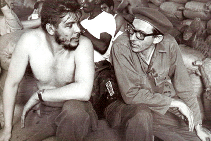 Che Guevara and Orlando Borrego in 1960 carrying out voluntary labour in the Havana docks.